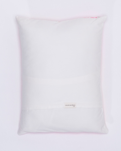Pillow_3_back_070